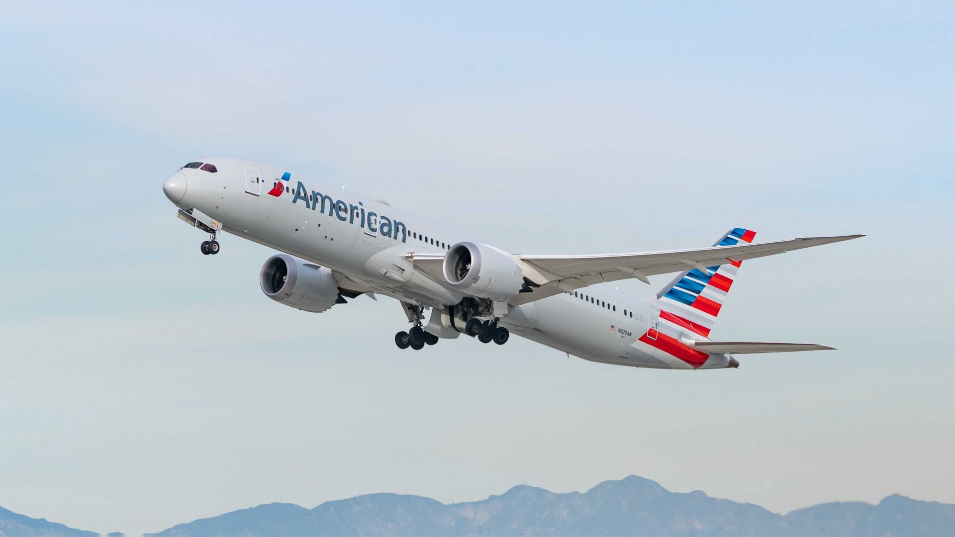 About American Airlines Groups and its work