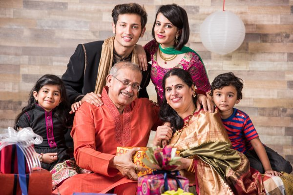 Some tips on making this Diwali the most Memorable one with family and friends